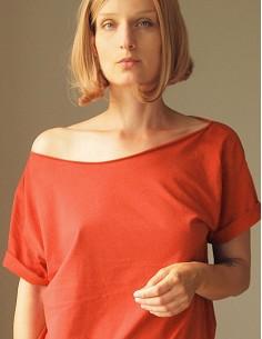 Tmavě červené oversize tričko