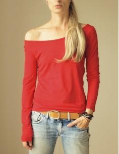 Červené triko s dlouhými...
