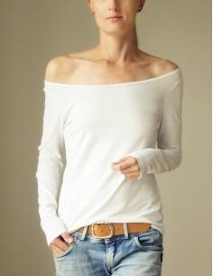 Bílé triko s dlouhými rukávy
